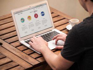 veja 3 plataformas para inserir políticas de cookies no seu site